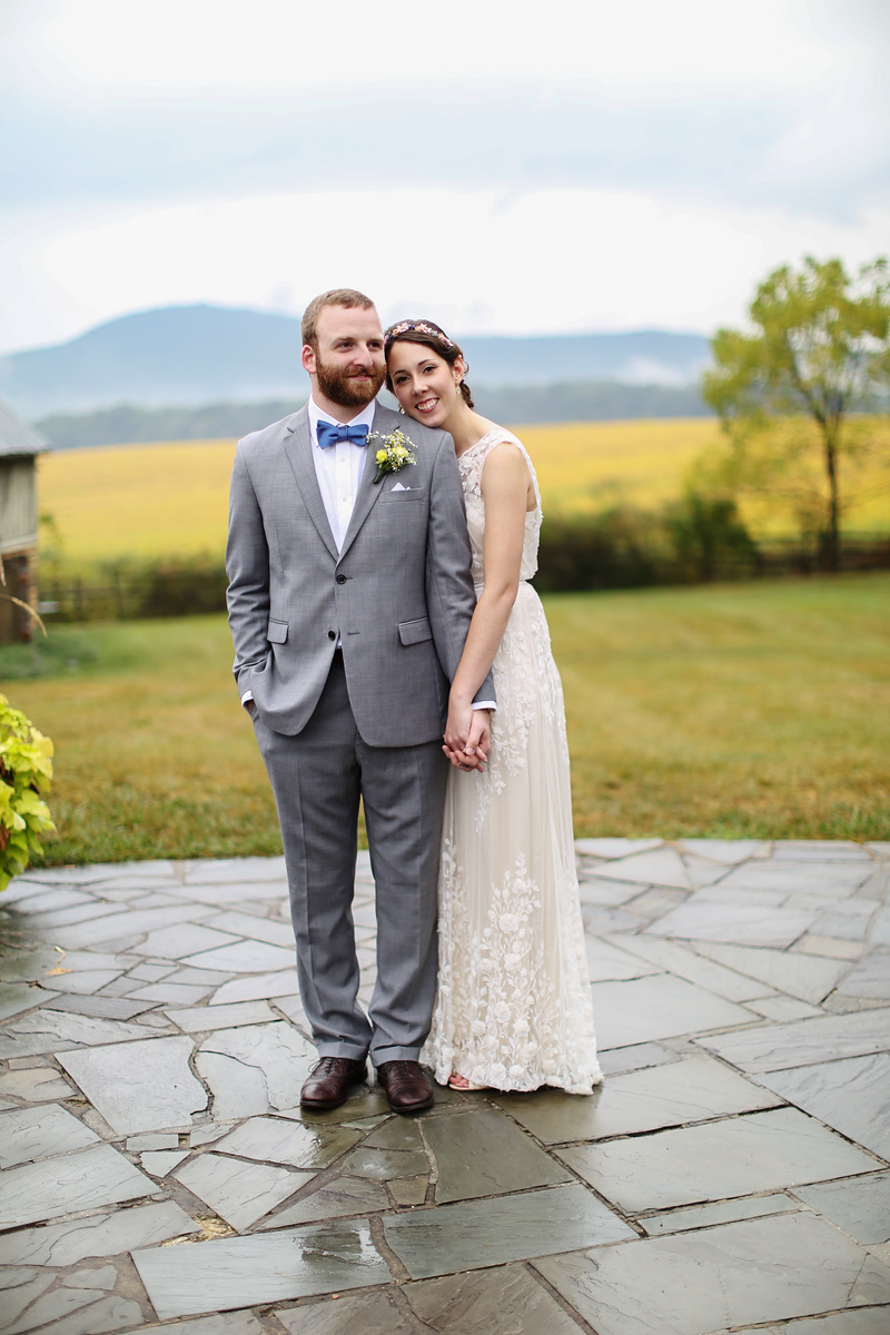 Comus Inn at Sugarloaf Mountain wedding by Jalapeno Photography.
