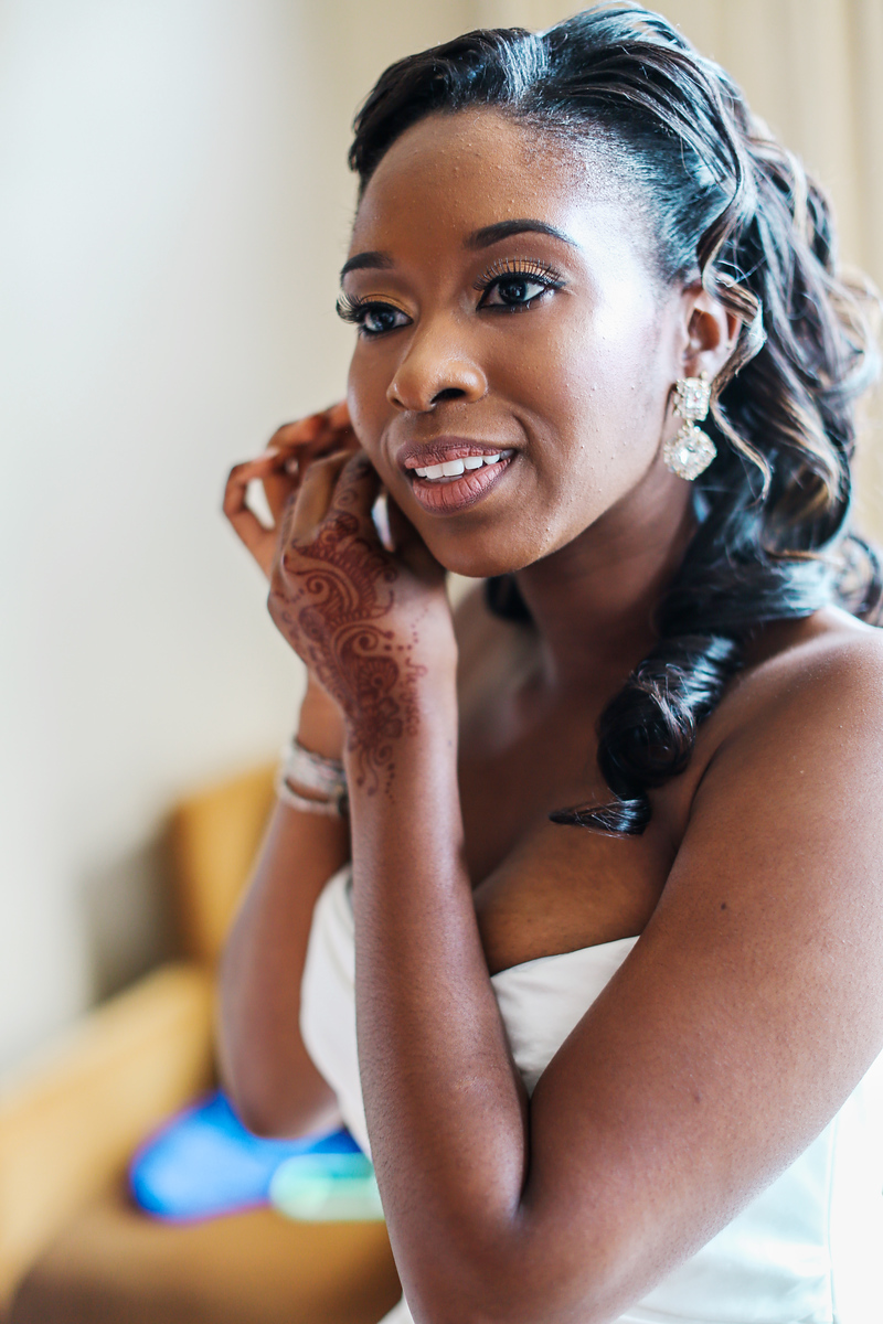 Wedding photos at the Mandarin Oriental Hotel in Washington, DC by Jalapeno Photography.